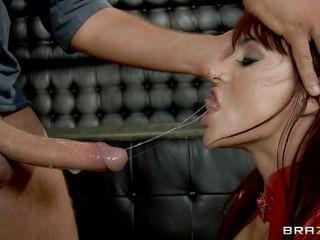 порно видео хуй волосатой пизде