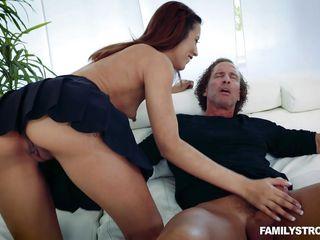Зрелые брюнетки порно бесплатно