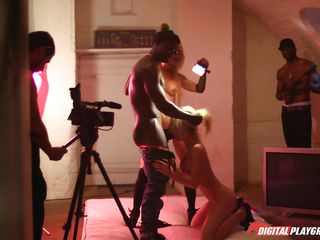 порно с двумя проститутками